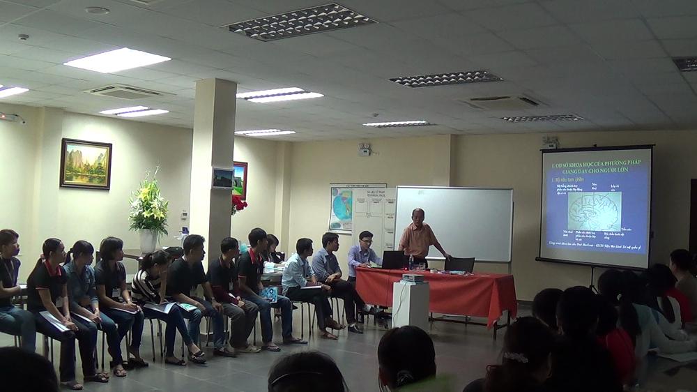 Lớp học nâng cao năng lực quản lý cho đội ngũ cấp trung